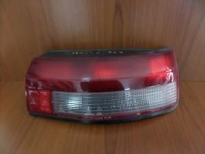 Mazda 323 1989-1991 3θυρο πίσω φανάρι δεξί