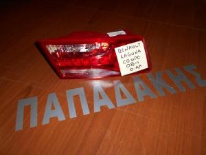 renault laguna 2008 coupe fanari opisthio aristero esoteriko 1 300x225 Renault Laguna 2008 2015 Coupe φανάρι οπίσθιο αριστερό εσωτερικό